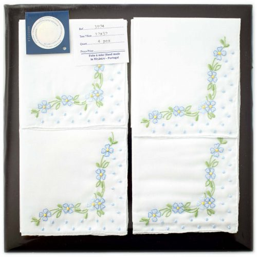 Embroidered handkerchief 3974